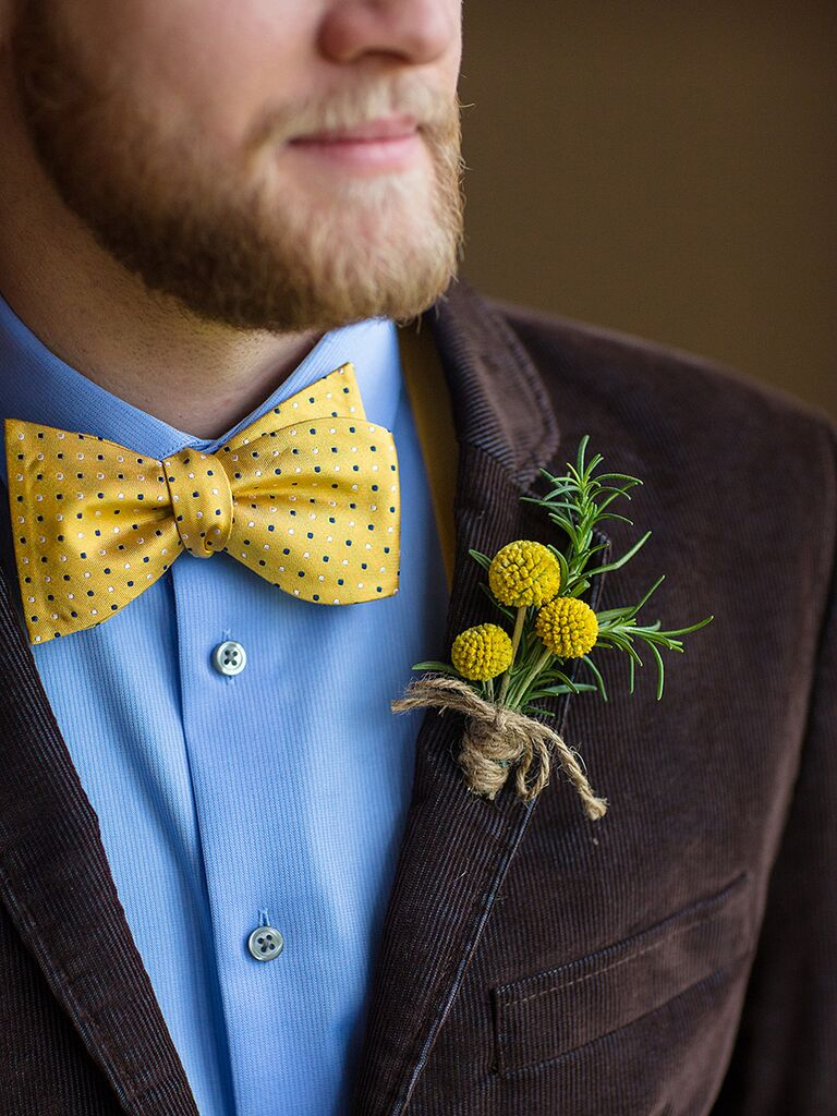Rustic Billy Ball boutonniere wrapped in twine