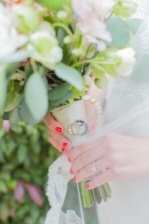 Bright Nails on Bride