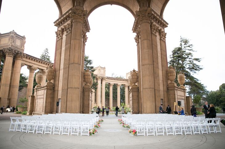 The Palace of Fine Arts in San Francisco, California, was the absolute perfect place to hold Nicole and Ryan's ceremony. The venue combined Nicole's love for the outdoors with Ryan's love for history and architecture.