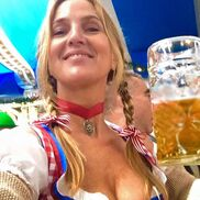 New York City, NY German Band | Oktoberfest Band Melina & the Oompahs