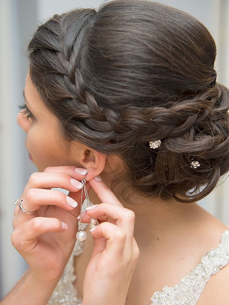 15 Updo Hairstyles With Braids