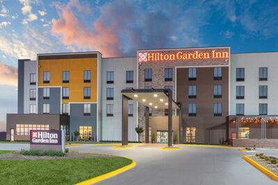 Hilton Garden Inn & Convention Center Hays