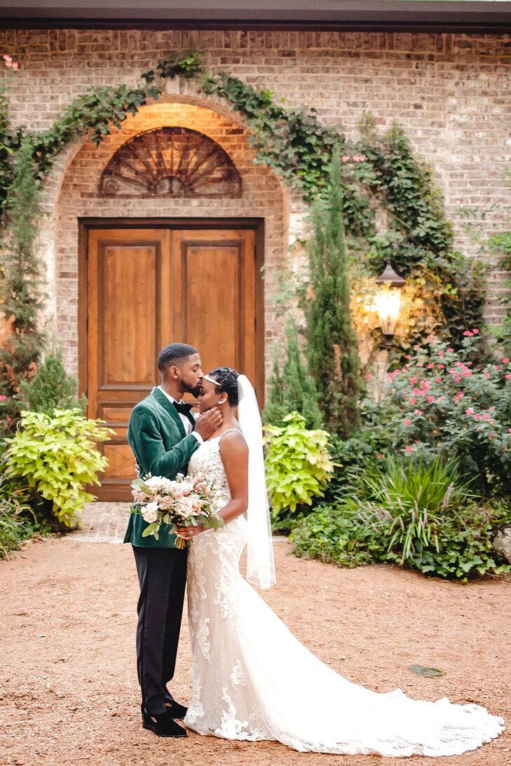 For their wedding at Hidden Waters in Waxahachie, Texas, Marcus and Carla incorporated velvet and jewel tones into their design to complement the even