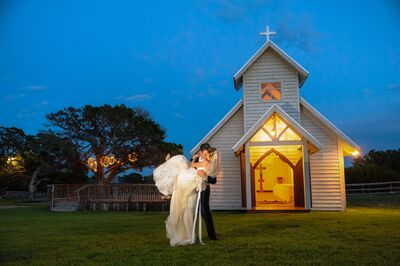 Twisted Ranch Weddings Inc.