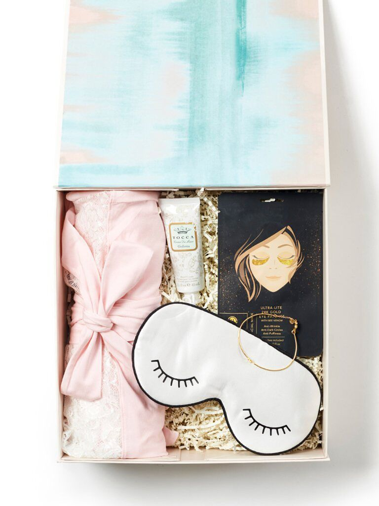 Bride gift box for daughter-in-law