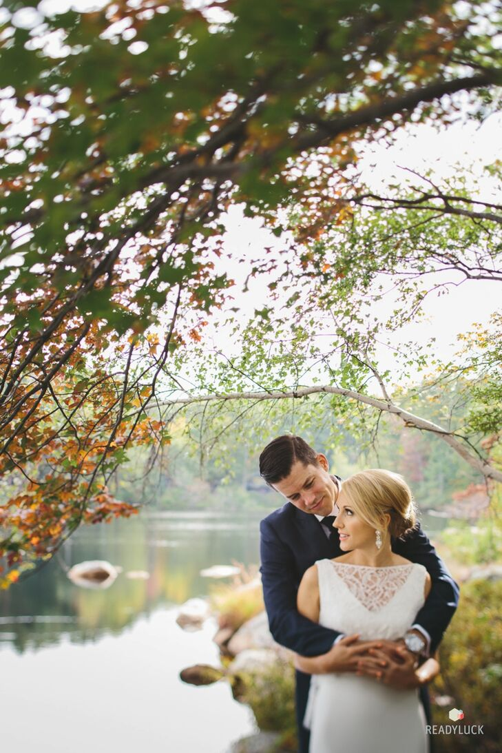 Amy Bonezzi (32 and a TV producer) and Geoff Buteau (33 and a consultant) celebrated their newlywed status at Cedar Lakes Estate in Port Jervis, New Y