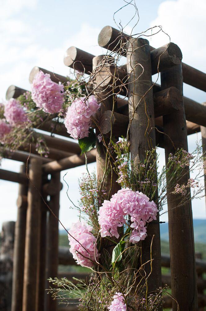 Pink Hydrangea Wooden Wedding Arbor Decor