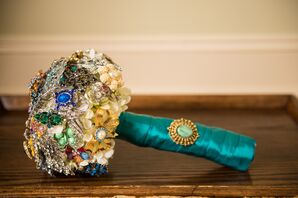 DIY Crystal Broach Bouquet