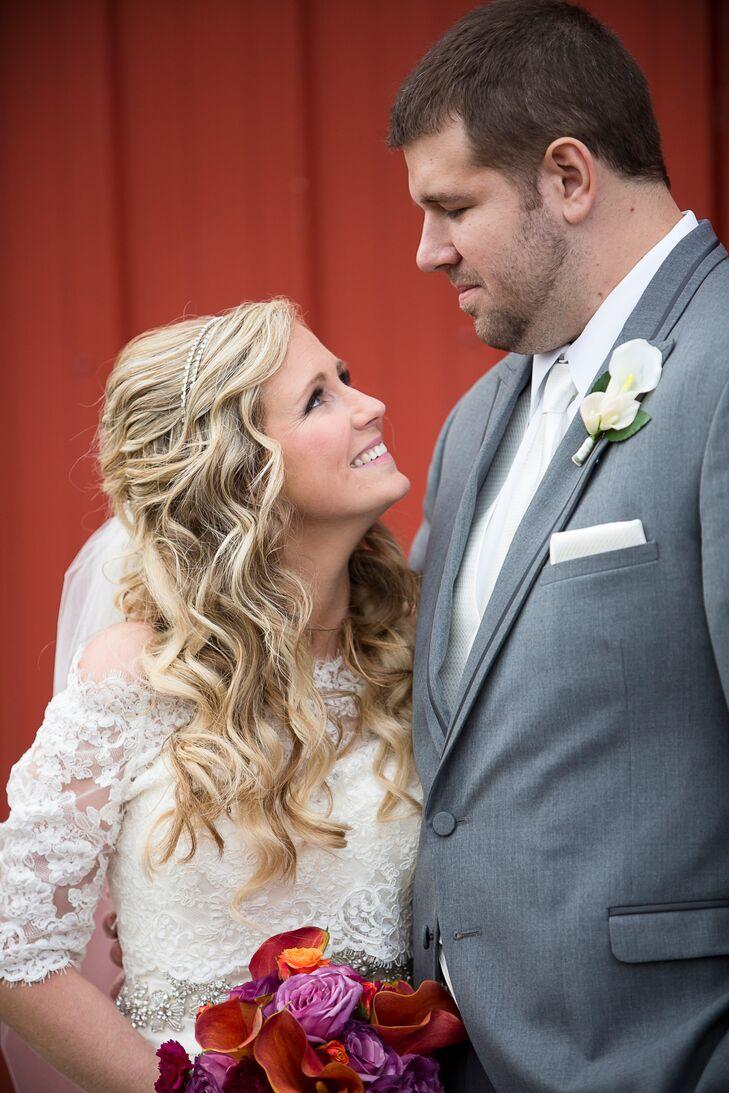 Wavy Half-Up Bridal Hairstyle