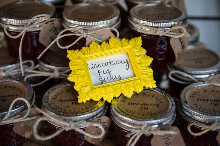 Keeping with the country DIY theme, Kasi and Robert made homemade jelly favors from ingredients found on the farm.