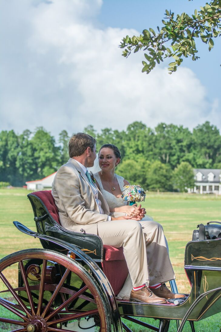After their farm ceremony, Kasi and Robert took a ride in a horse drawn carriage before joining guests for the outdoor reception.