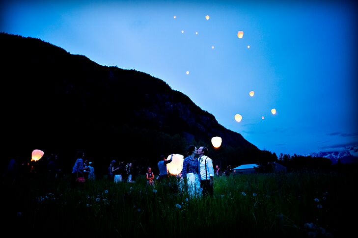At the end of the night, everyone released candlelit paper lanterns into the twilight sky.