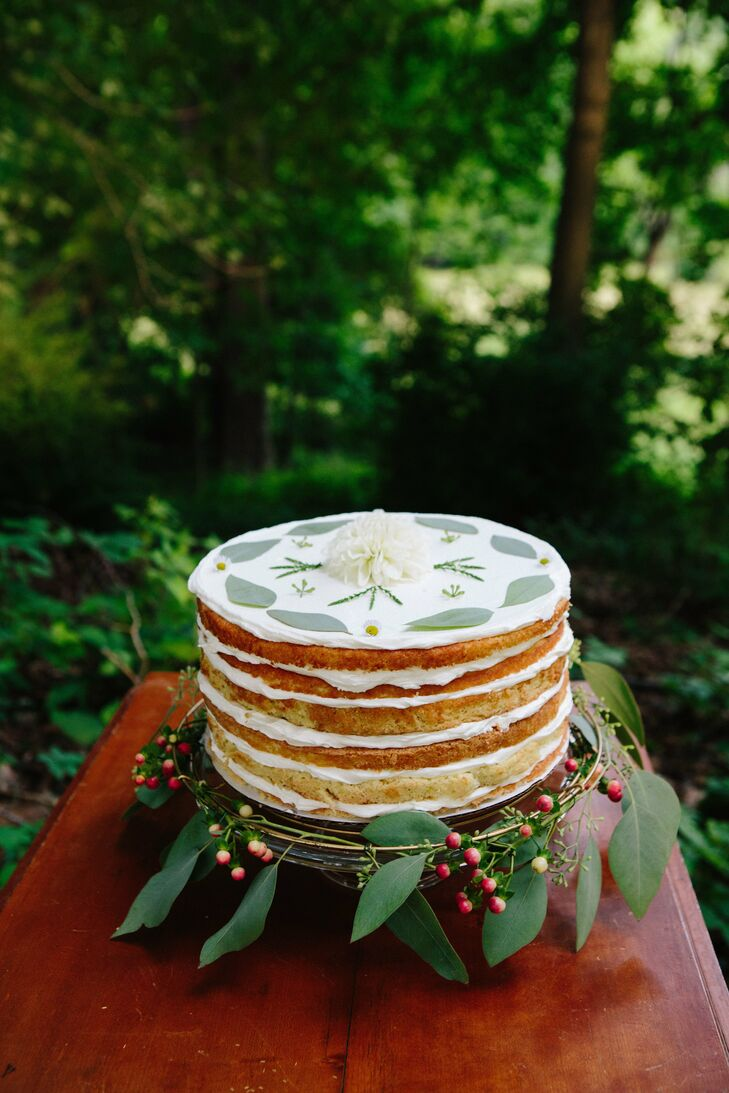 The delicious naked cake was topped with a lovely fresh flower motif.