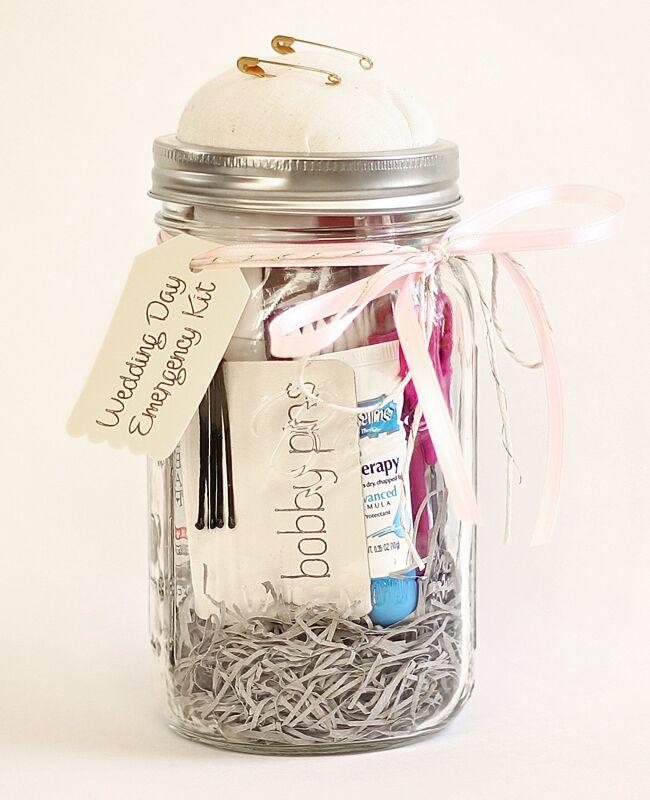 DIY wedding day emergency kit u0027A Casarella