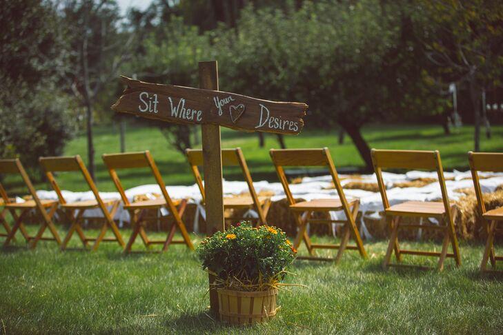 Rustic DIY Wedding Sign