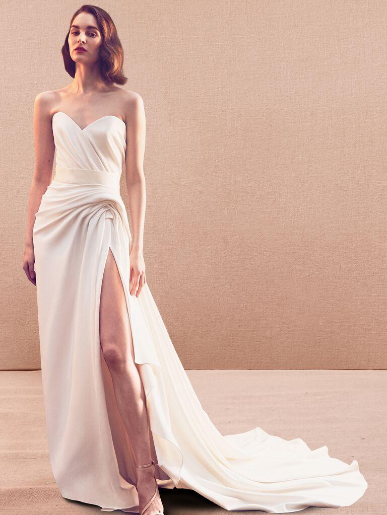 Oscar De La Renta Wedding Dresses From Fall 2020 Bridal