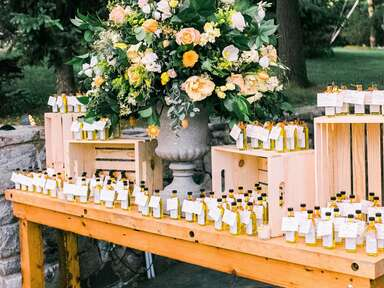 edible wedding favors display