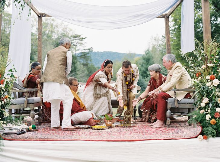 Traditional Indian Wedding Ceremony at The Clifton Inn in Charlottesville, Virginia