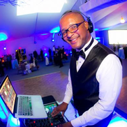 San Diego, CA DJ | Becks Entertainment and DJ Service