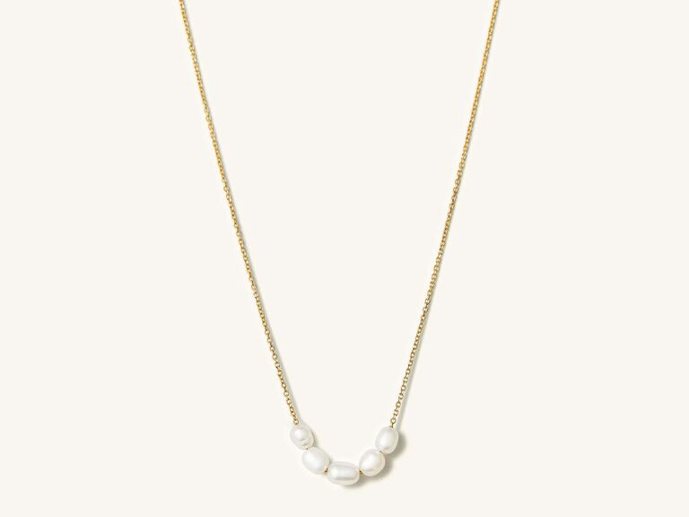 Freshwater pearl and yellow gold chain necklace
