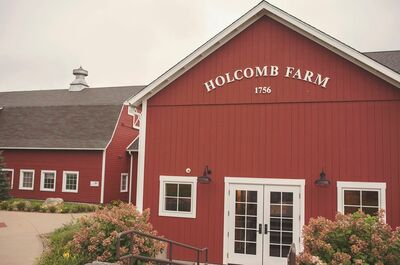 Red Barn at Holcomb Farm presented by David Alan Hospit
