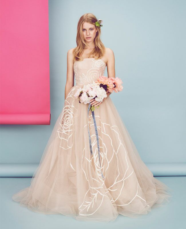 How To Add A Personal Touch To Your Wedding Day Look