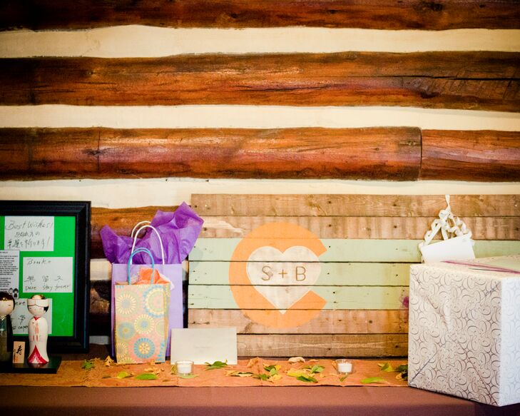 Rustic Gift Table Display