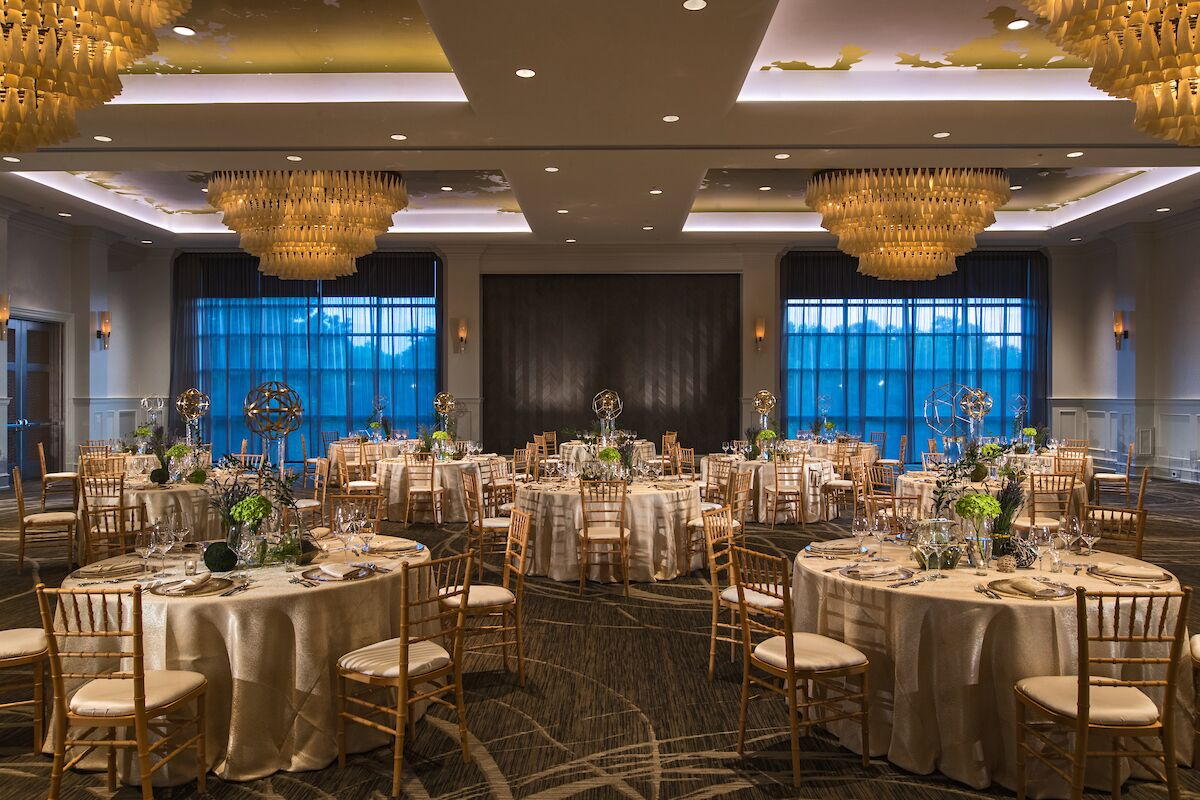 Wedding reception venues in raleigh nc the knot renaissance raleigh north hills hotel junglespirit Gallery