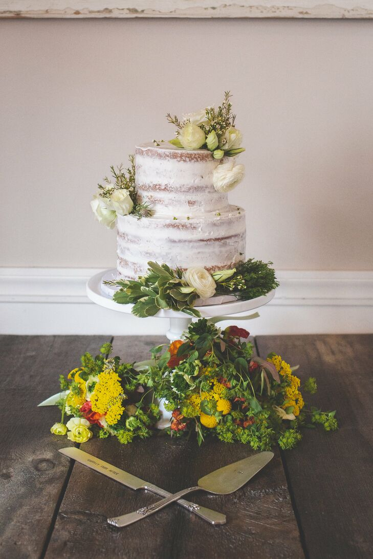 Bright Wildflower-Accented Cake Stand