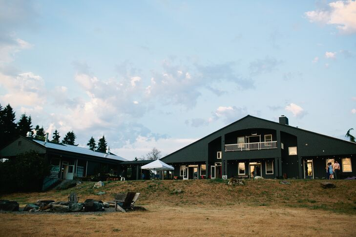"""""""Old Chaser Farm was the perfect wedding reception location,"""" says the couple. """"Owned by the iconic Seattle chef Matt Dillon, Old Chaser Farm is a small, responsible farm that raises vegetables and meat including sheep, goats, pigs and chicken."""""""