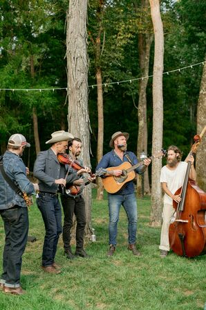 Blue Grass Band at Saddle Wood Farms in Murfreesboro, Tennessee