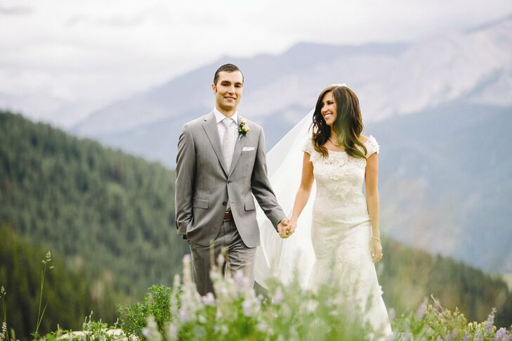 White roses and antlers inspired Rachel and Jason's clean, contemporary wedding in Aspen.
