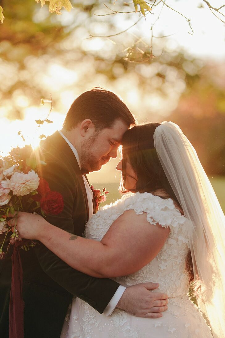 Sunset Wedding Portraits at The Beverly Mansion in Marengo, Ohio