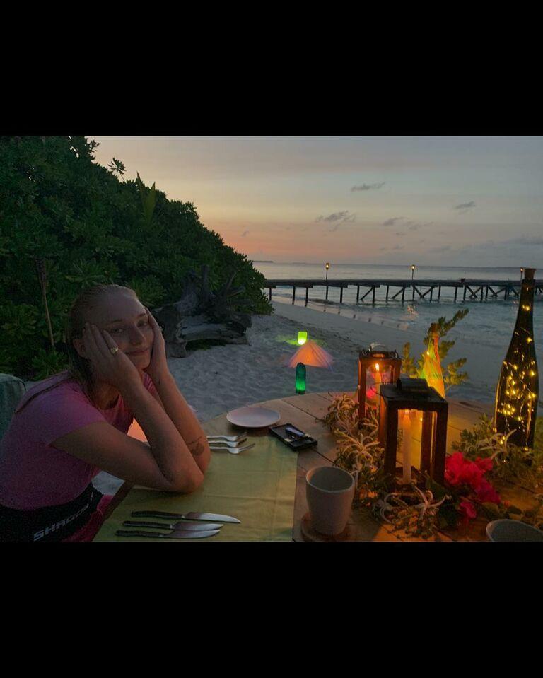 sophie turner on her honeymoon