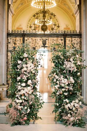 Dramatic Floral Installation at Detroit Institute of Arts Wedding