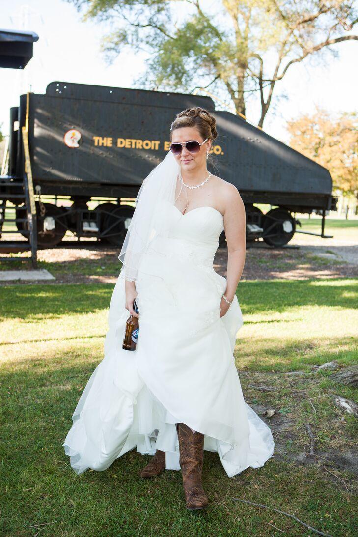 White Ballgown with a Sweetheart Neckline