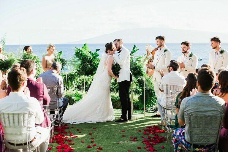 Hawaii Wedding Guest Activities