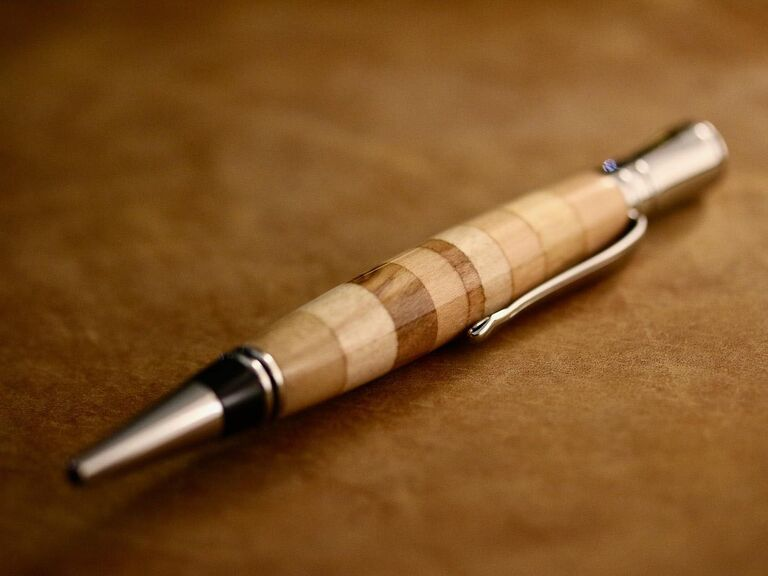 Elder Pens wooden willow pen