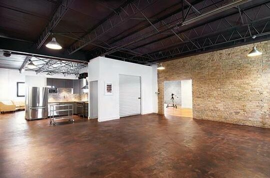 THROOP STUDIO - Warehouse - Chicago, IL