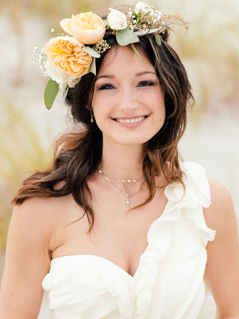 22 Bridal Flower Crowns Perfect for Your Wedding 65109918425