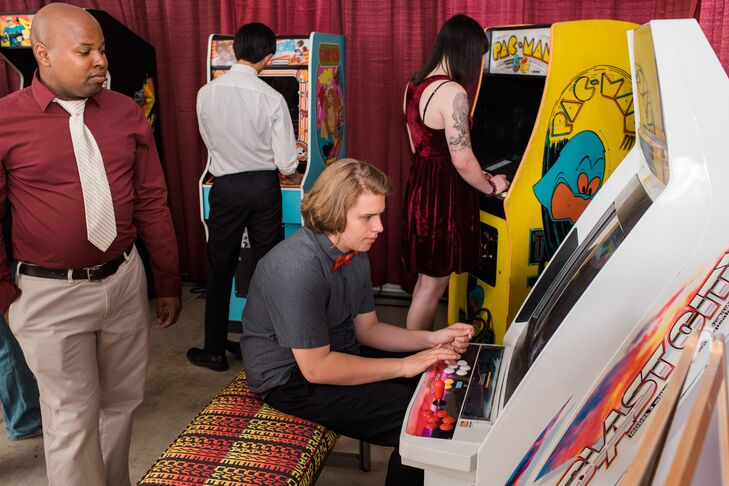 Jess and Dave rented vintage arcade games, including Pac-Man, Q-bert, Donkey Kong, Tapper, Forgotten Worlds and Marvel vs. Capcom 2. The area was a big hit with their guests.