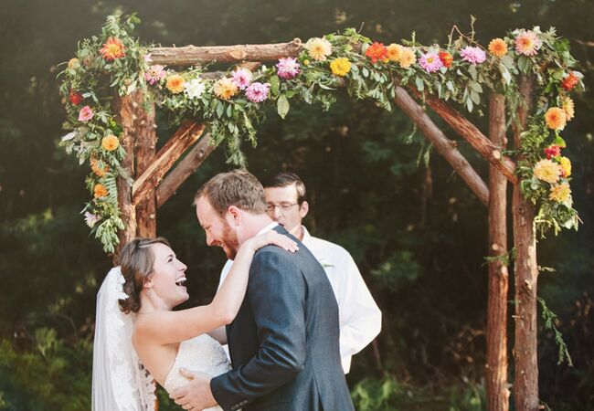 15 Rustic Ceremony Backdrops For Your Woodland Wedding