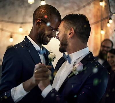Louvie's Elopements and Weddings