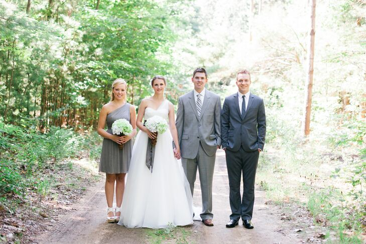 Madison's best friend, Suzanne, was her maid of honor. She wore a knee-length gray dress in a one-shoulder style to match the Madison's dress, and both wore the same shoes. Eddie's best man, Justin, wore a gray suit to continue the color theme.