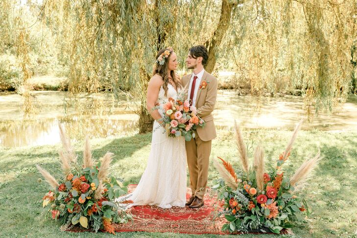 "Julia Cowher and Matt Ruschell's wedding embodied ""vintage, eclectic, romantic,"" vibes inspired by ""nature, cacti, the music and aesthetic of the 1960"