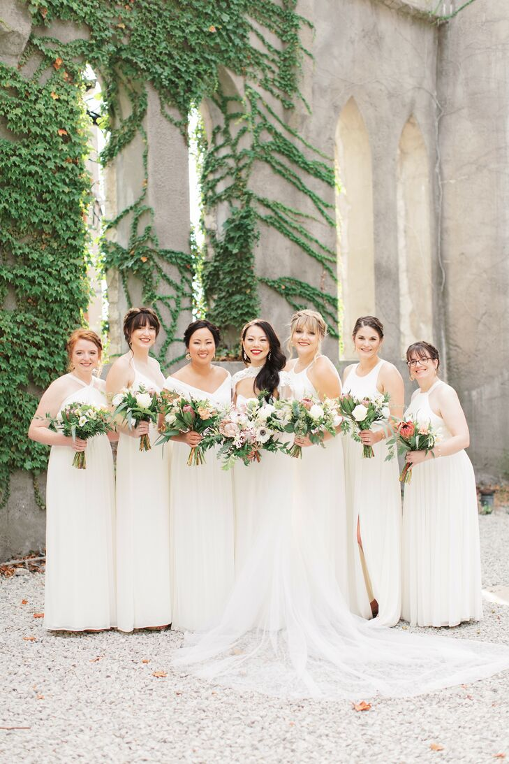 Bridal Party Portraits at St. Louis Contemporary Art Museum