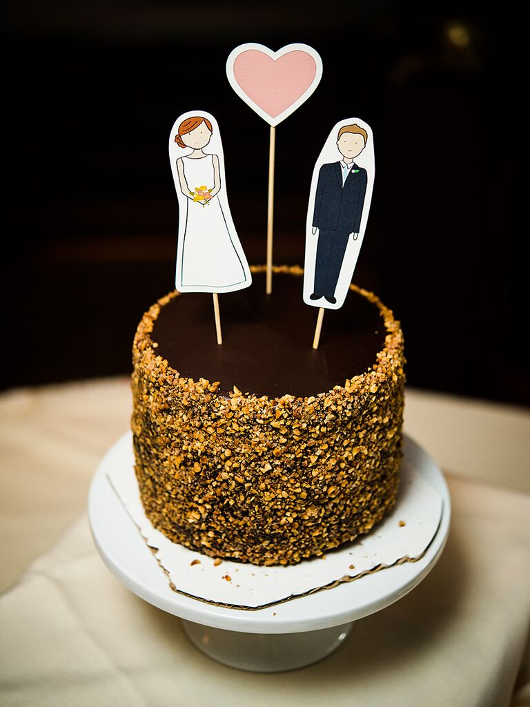15 Awesome DIY Wedding Cake Topper Ideas