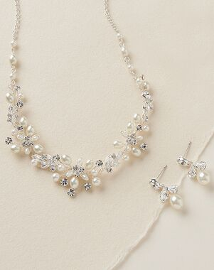Dareth Colburn Delicate Pearl Jewelry Set (JS-1637) Wedding Necklace photo