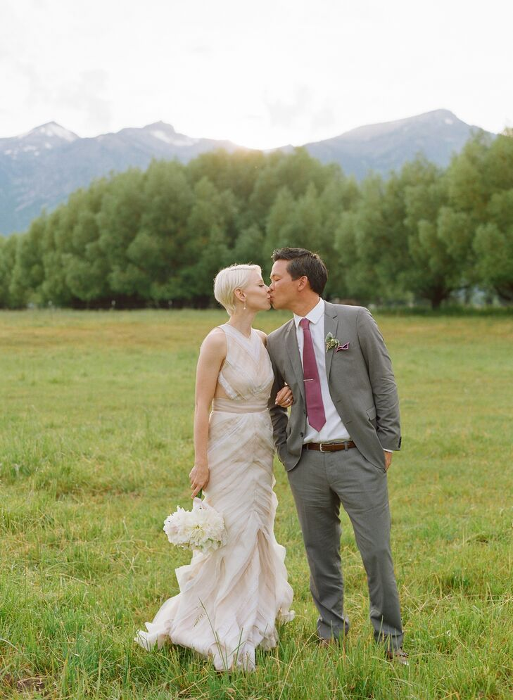 For rustic refinement like never before seen, Chutney Hunter (30 and a stylist at Elyse Walker) and Steve Li (42 and a lawyer) knew they wanted a farm