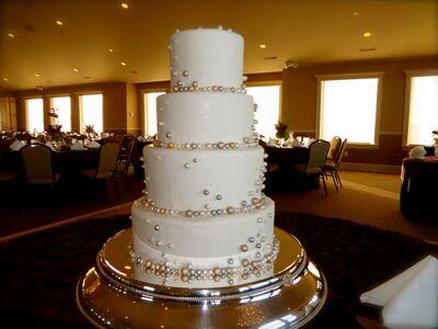 Divine Design Wedding Cakes